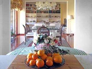 OPEN IT_Un raffinato appartamento in Albaro, Genova Cucina in stile classico di Giulia Grillo Architetto Classico