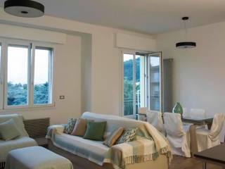 Simona Muzzi Architetto Living room Wood