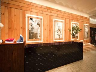 Moderne Geschäftsräume & Stores von Piedra Papel Tijera Interiorismo Modern
