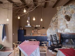 Rustic style wine cellar by Piedra Papel Tijera Interiorismo Rustic