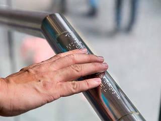 Menteş Tasarım ve Müteahhitlik – Braille Kabartma Yönlendirmeleri:  tarz ,