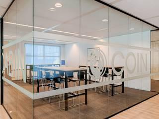 Man Ofis - Ofis Bölme Sistemleri – Petkim Ofisleri Man Ofis Tarafından Tasarlandı:  tarz Dükkânlar,