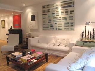 Moderne Wohnzimmer von Viviane Cunha Arquitectura Modern