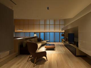 DF.RENOVATION モダンデザインの リビング の 伊藤建築都市設計室 モダン
