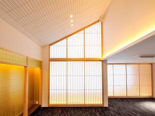 寺院へのリフォームマネジメント つなぐデザインマネジメント合同会社 アジア・和風の 窓&ドア