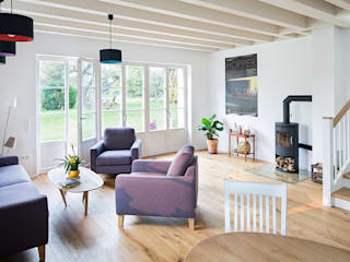 Modern living room by Müllers Büro Modern