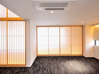 東京デザインパーティー|照明デザイン 特注照明器具 Asiatischer Multimedia-Raum