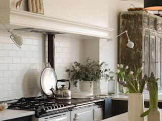 Built-in kitchens by deVOL Kitchens