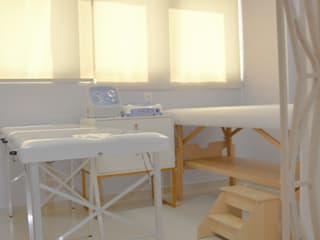 Projeto de Centro Estético na Freguesia - Jacarépagua/RJ:   por Arquit&thai