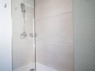 Reforma Integral Apartamento Madrid : Baños de estilo  de Loema Reformas Integrales Madrid , Mediterráneo