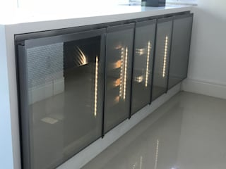 Gibeli Refrigeração Balcón Metal