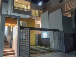 Casa Atlas | 2017 Casas minimalistas de DOOR Arquitectos Minimalista