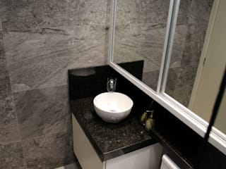 Tiede Arquitetos Modern Bathroom Granite Grey
