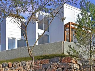 smartliving CLASSIC plus CA2: Casas unifamilares de estilo  de SMARTLIVING