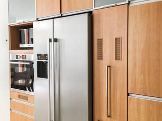 Remodelación Casa G: Cocinas equipadas de estilo  por DOGMA Architecture