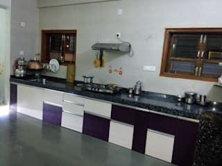 BUNGALOW AT MAHESH NAGAR, PIMPRI by SAPHALYA GROUPS Modern