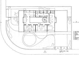 من Douglas Piccolo Arquitetura e Planejamento Visual LTDA. حداثي