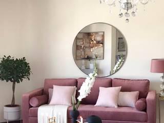 Sala de Estar   Lounge: Salas de estar  por Em Casas Lusas,