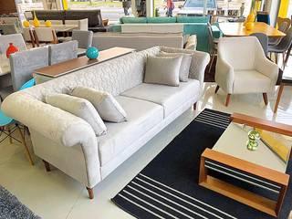 Sofás Fixos por Grand Mobile Móveis Moderno