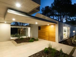 Casa CM de Además Arquitectura Minimalista