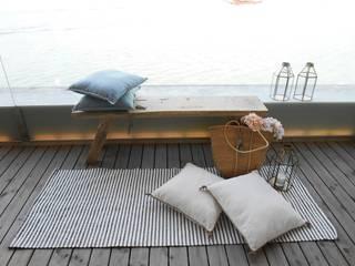 من Tangerinas e Pêssegos - Design de Interiores & Decoração no Porto بحر أبيض متوسط