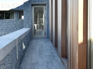 :  de estilo  por Salaya-Blizniuk Arquitectos