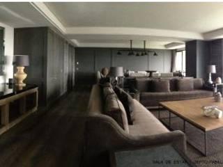 RESIDENCIAL | DEPO BOSQUES DE PABELLÓN Salones modernos de Tk arquitectura Moderno