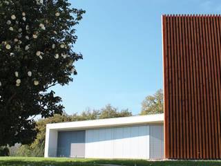 Casa do Ripado | Arquitetura de outro mundo: Moradias  por OBRA ATELIER - Arquitetura & Interiores