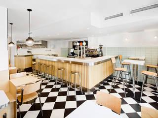 Classic gastronomy by Piedra Papel Tijera Interiorismo Classic