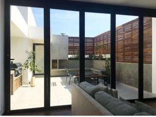 RESIDENCIAL | ROOF GARDEN ROMA SUR Balcones y terrazas modernos de Tk arquitectura Moderno