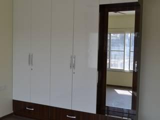 3BHK Flat Interiors @ Rohan Iksha Apatment, Bangalore Modern style bedroom by SP Interiors Modern