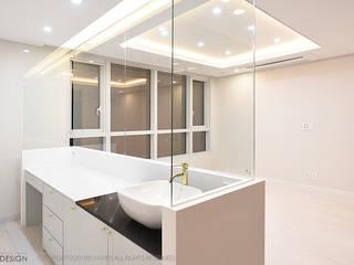 럭셔리 모던 컨셉 인테리어 : 빈스디자인의  방