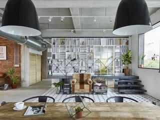 twelve 十二 屋頂上景觀餐廳新區域 根據 抱璞室內設計