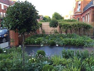 Front garden by Landscaper in London Classic