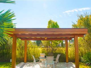 Modern Pool by Saraiva Design em Madeiras Modern
