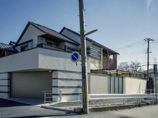 Chalets & maisons en bois de style  par 株式会社西田順紀アトリエ,