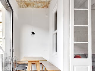 Modern dining room by Piedra Papel Tijera Interiorismo Modern