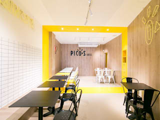 Modern gastronomy by Piedra Papel Tijera Interiorismo Modern