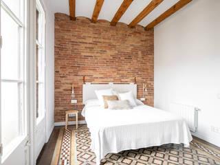 Córcega Dormitorios de estilo escandinavo de Piedra Papel Tijera Interiorismo Escandinavo