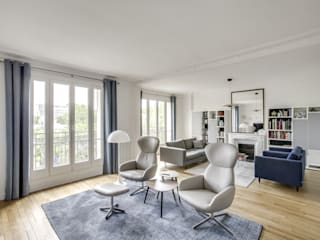 Living room by Créateurs d'Interieur