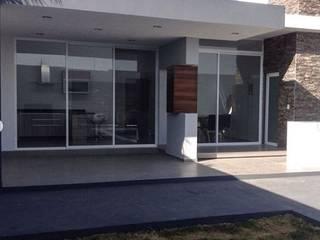 Moderner Balkon, Veranda & Terrasse von EBA Architecture & Desing Modern