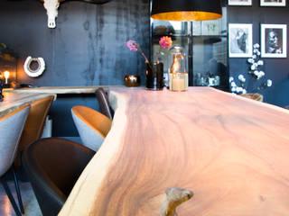 Suar boomstamtafel/ accessoires/ schilderijen en meubels van Woodlovesyou&more Industrieel