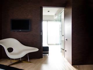 VIVIENDA ALAMEDA I Dormitorios de estilo moderno de Ximo Roca Diseño Moderno