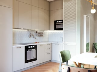 Квартира для холостяка Кухни в эклектичном стиле от ИП Малышко Анна Сергеевна Эклектичный