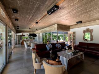 Casa GZ Livings modernos: Ideas, imágenes y decoración de Además Arquitectura Moderno