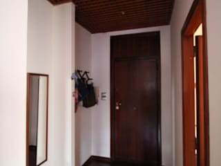 Giuseppe Rappa & Angelo M. Castiglione Коридор, прихожая и лестница в модерн стиле