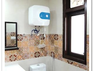 Modern Renovation of a 3BHK Residence - Ghaziabad Modern bathroom by Ecoinch Services Private Limited Modern