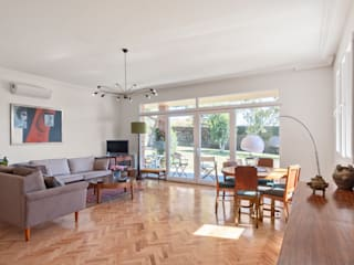 Arquigestiona Reformas S.L. Modern living room White