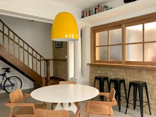 Dining room by Maria Claudia Faro, Modern