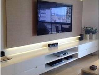 Móvel painel para TV giratória por moveis prisma & moveis bamberg Moderno